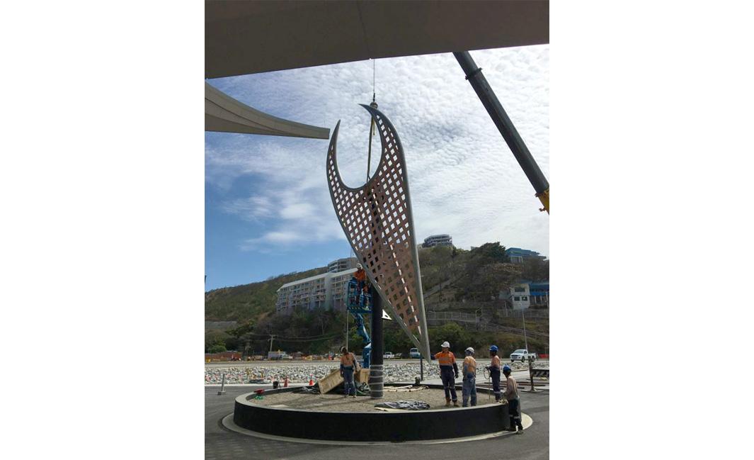 Lakatoi sculpture for APEC Haus